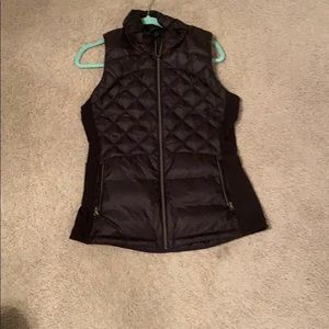 Lululemon Down For a Run Vest Size 10